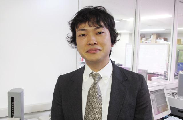 味香り研究所の研究員、高橋貴洋さん