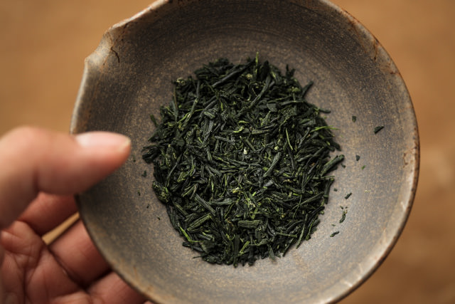 日本茶の茶葉のイメージ
