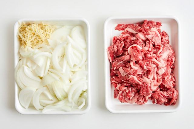 牛丼の具の材料写真