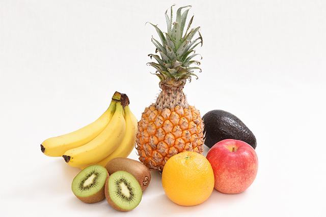 さまざまなフルーツの写真