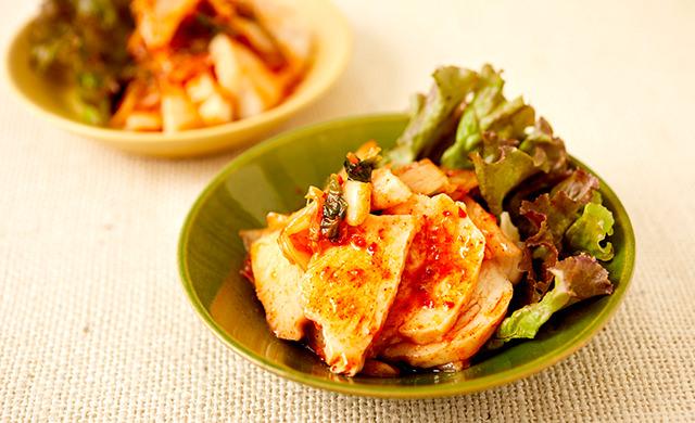 サラダチキンのキムチ和えの写真