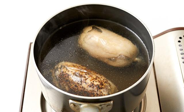 鍋の中で冷ましているところ