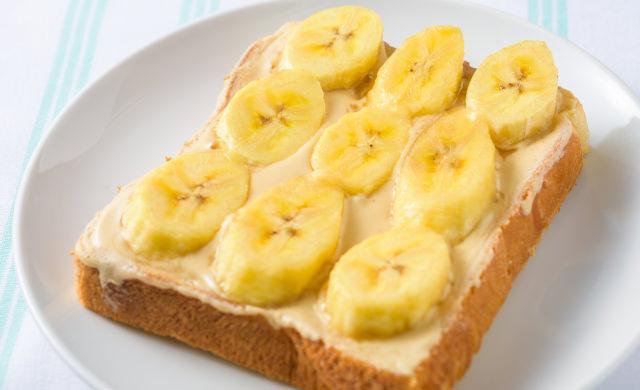 ピーナッツバナナツナトーストの焼き上がり写真