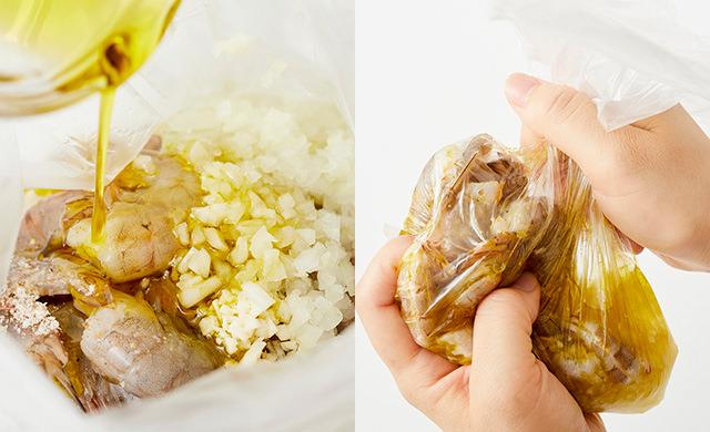 エビをポリ袋に入れて、にんにくのみじん切り、たまねぎのみじん切り、オリーブオイル、ハーブソルト、レモン汁を入れている写真(左)エビとガーリックソースを入れたポリ袋をもんでいる写真(右)