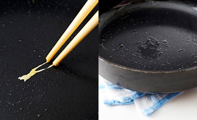 熱したフライパンに菜箸につけた卵液を落とし、じゅわっと熱している写真/フライパンを一度火からおろして濡れ布巾の上においている写真