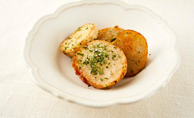 揚げ里芋 のり塩風味の写真