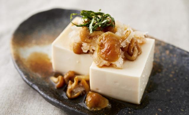 なめこおろしの豆腐かけの写真