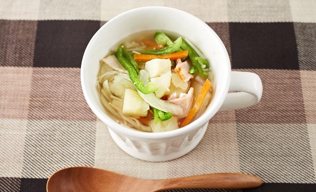 野菜たっぷりスープの写真
