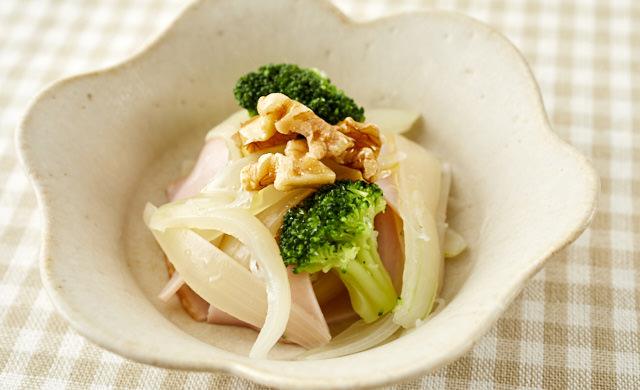 玉ねぎの温サラダの写真