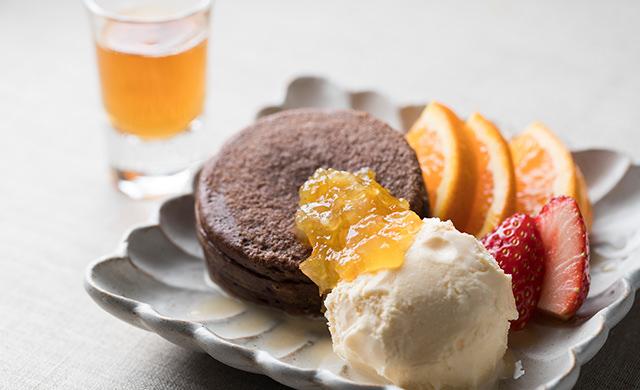 今川焼(ベルギーチョコレート)のアレンジスイーツの写真