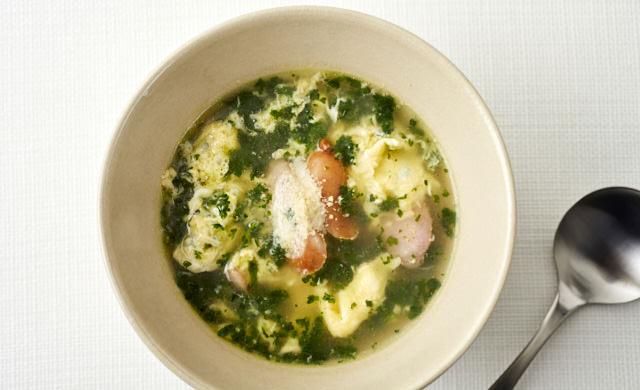パセリとソーセージのかき玉スープの写真