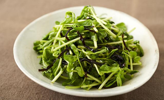 豆苗の塩昆布サラダの写真