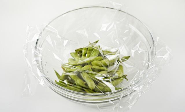 加熱する直前の枝豆の写真