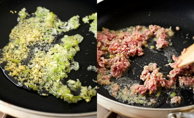 挽き肉を炒めている写真