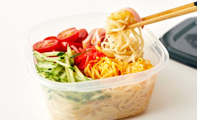 冷やし中華弁当の写真