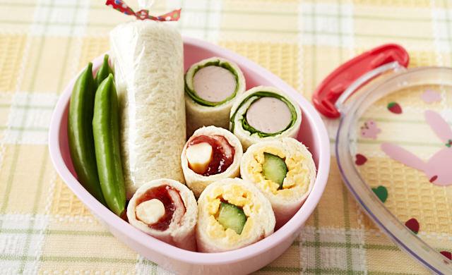 ロールサンドイッチ弁当の写真