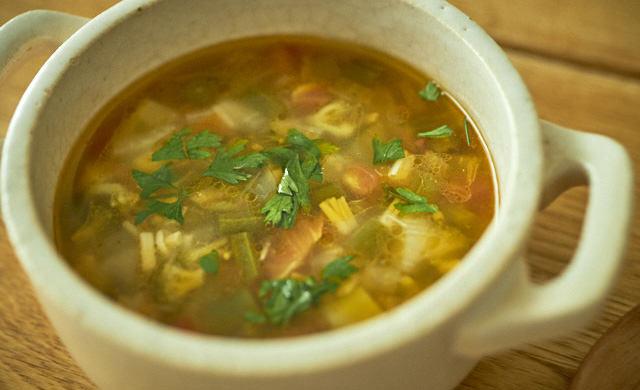 旨みたっぷり、くたくた冷凍野菜スープの写真