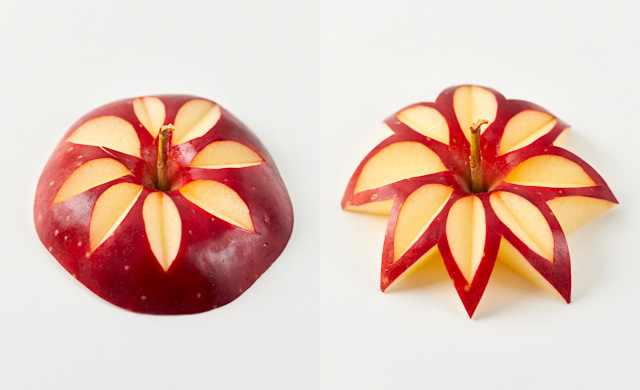 りんごのへたの部分を飾り切りした写真