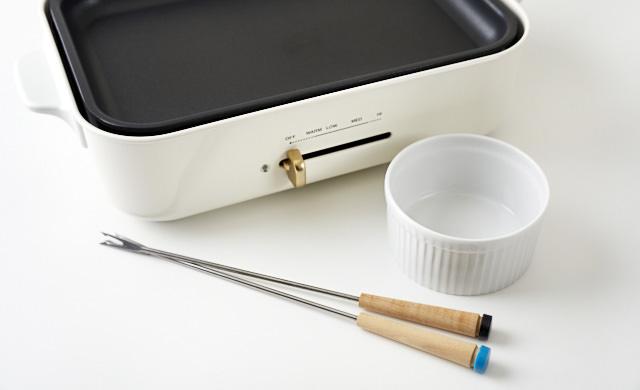 チーズフォンデュの道具の写真